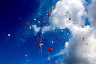 Balloon-heart-love-romance